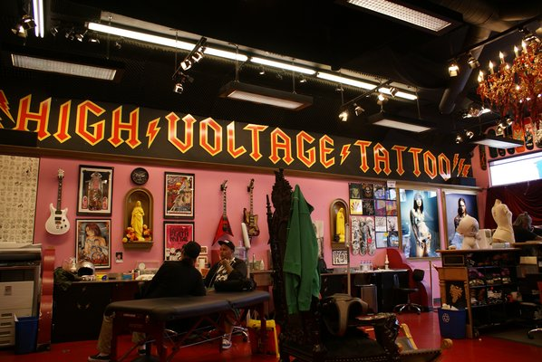 Kat von d 39 s high voltage tattoo los angeles california for Tattoo shops in nyc