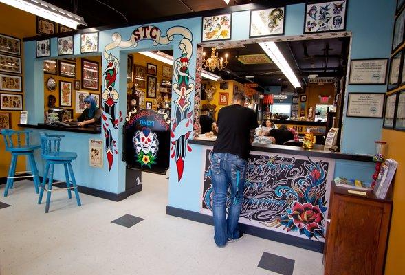 Steveston tattoo company richmond british columbia for Tattoo shops in illinois